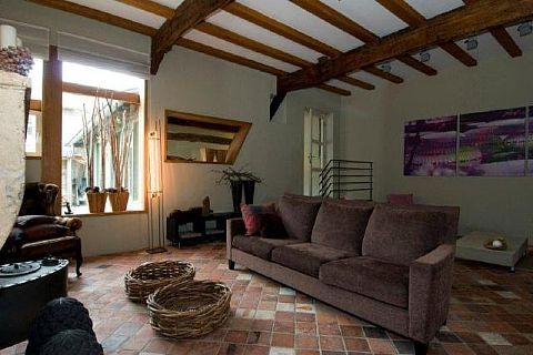 Te koop deze prachtige gerestaureerde woonboerderij met uitzicht over het Heuvelland - Holset 59 - 4 slaapkamers - vakwerkwoning