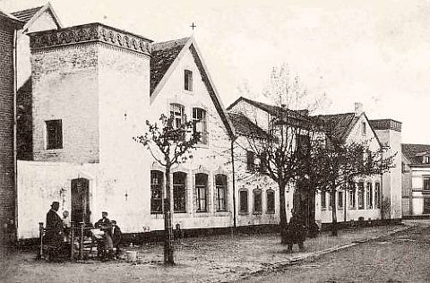 �t Verves aan het von Clermontplein ligt al jaren als een bouwvallige schandvlek in het oude centrum van Vaals