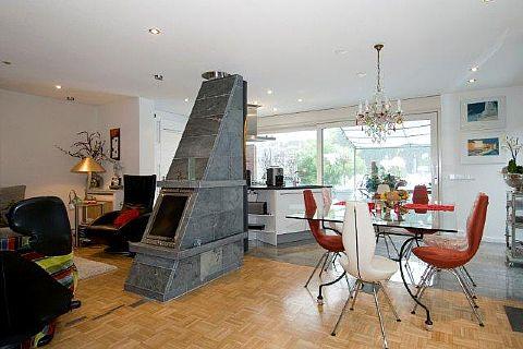 Te koop Vaalserhaagweg 4a - Half vrijstaande woning met zeer veel luxe, ruimte en privacy.